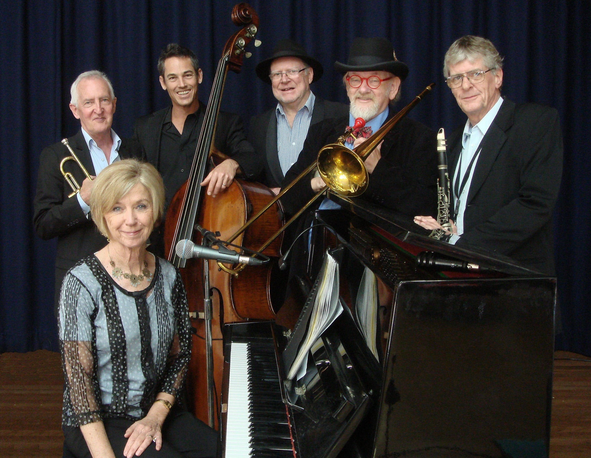 The Caxton Street Jazz Band in the Swigmore Hall at Robert Channon Wines - Accommodation in Brisbane