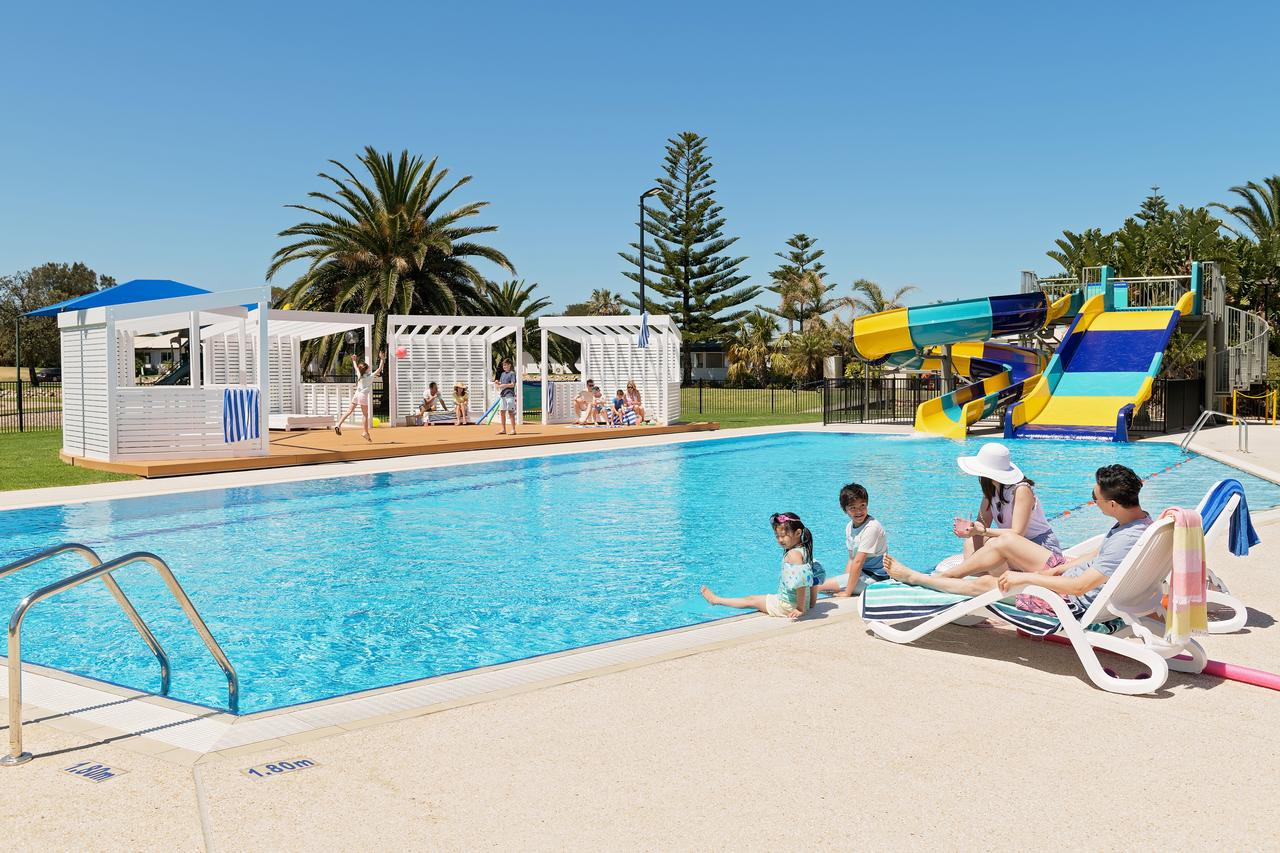 West Beach Parks Resort - Accommodation in Brisbane