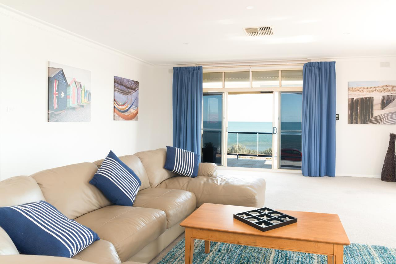 Seaview Sunset Holiday Apartments - Accommodation in Brisbane