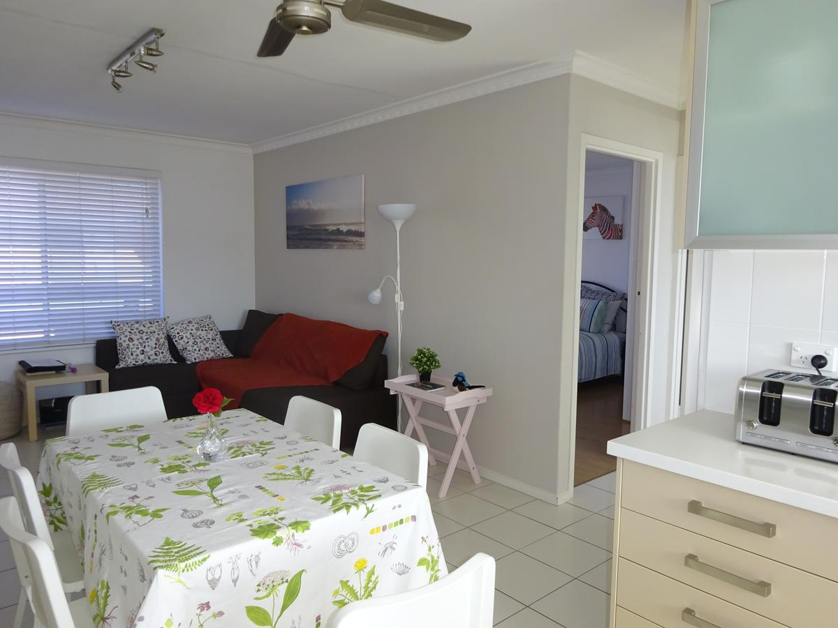 Selene Holiday Apartment West Beach - Accommodation in Brisbane