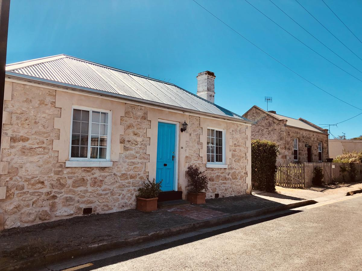 Goolwa Mariners Cottage - Free Wifi and Pet Friendly - Centrally located in Historic Region - Accommodation in Brisbane