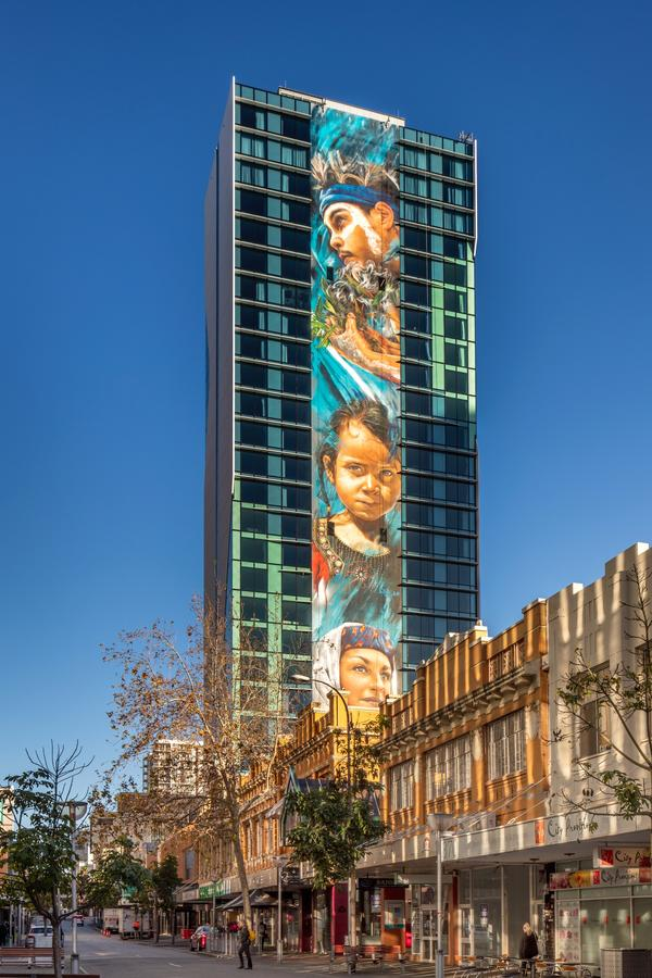 Art Series - The Adnate - Accommodation in Brisbane