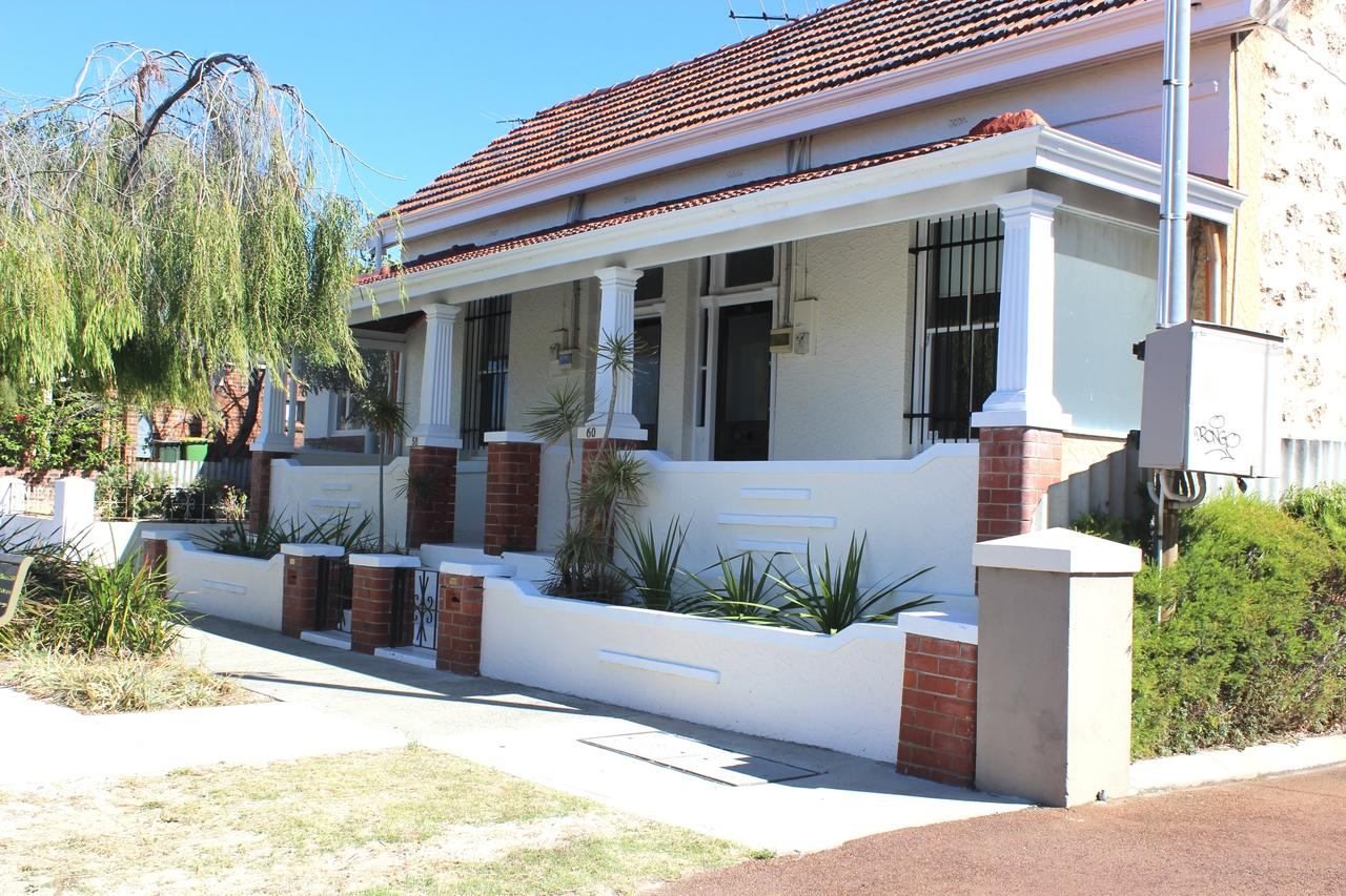 Captain's Heritage Cottage - Accommodation in Brisbane