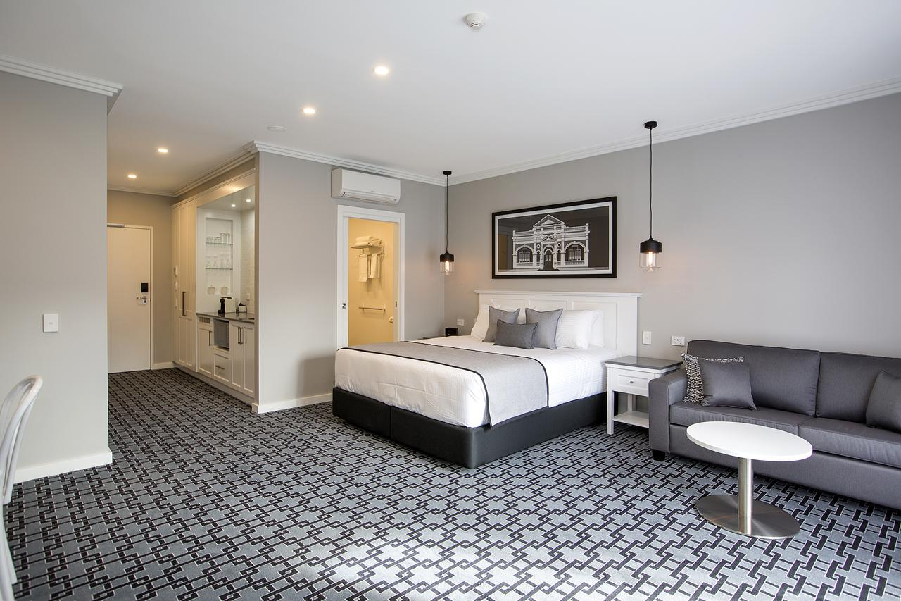 CH Boutique Hotel - Accommodation in Brisbane