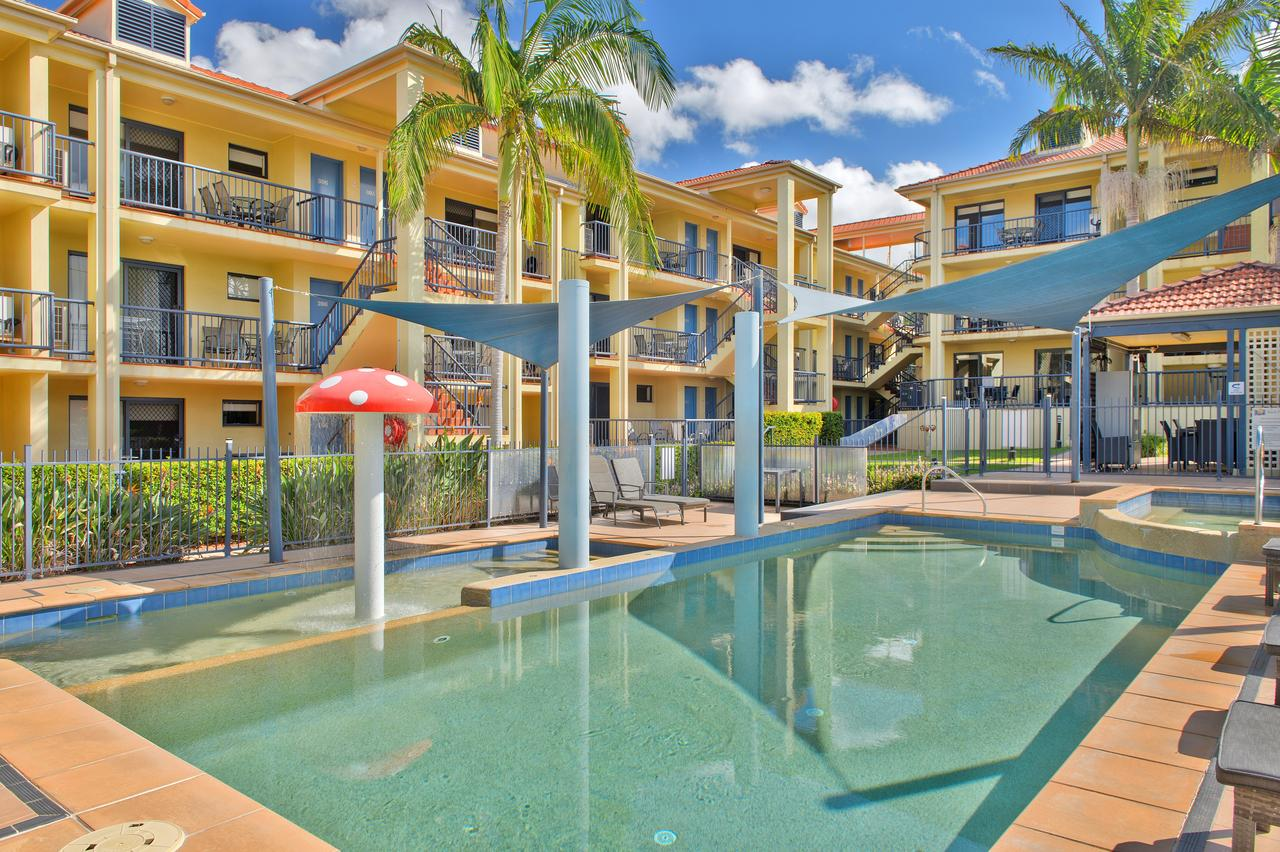 South Pacific Apartments - Accommodation in Brisbane