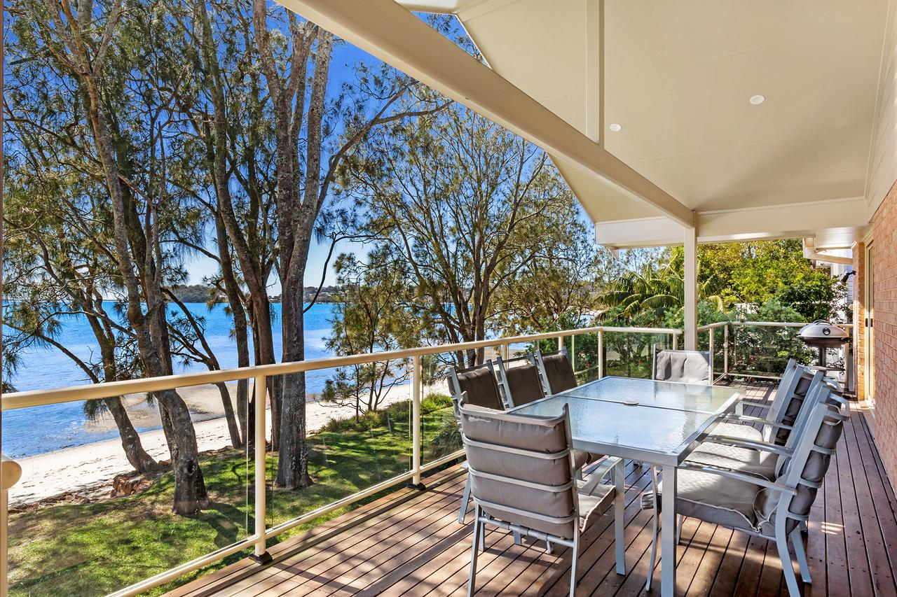 Foreshore Drive 123 Sandranch - Accommodation in Brisbane