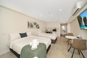Carlton Suites - Accommodation in Brisbane