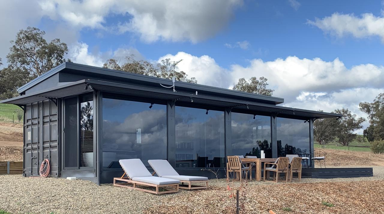 Belisi Farmstay Cottage - Accommodation in Brisbane