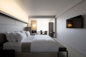 Hotel Realm - Accommodation in Brisbane