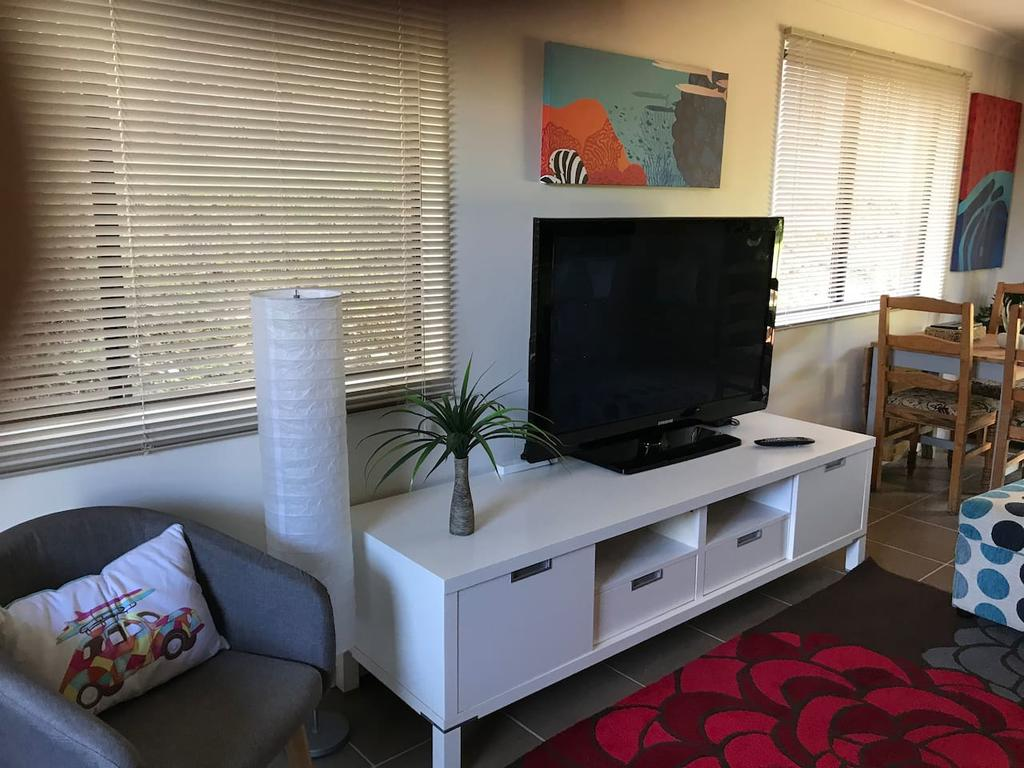 Central Gold Coast 3 Double Bedroom Apartment - Accommodation in Brisbane