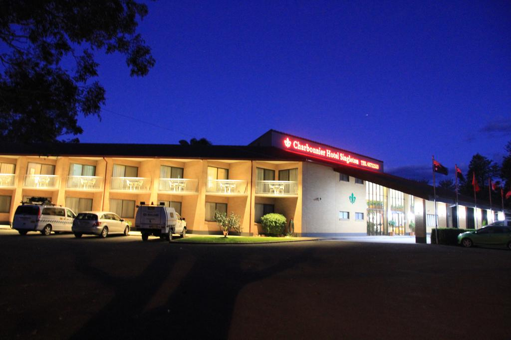 Charbonnier Motor Inn - Accommodation in Brisbane