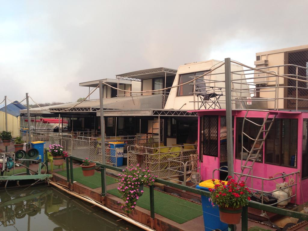 Corroboree Houseboats - Accommodation in Brisbane