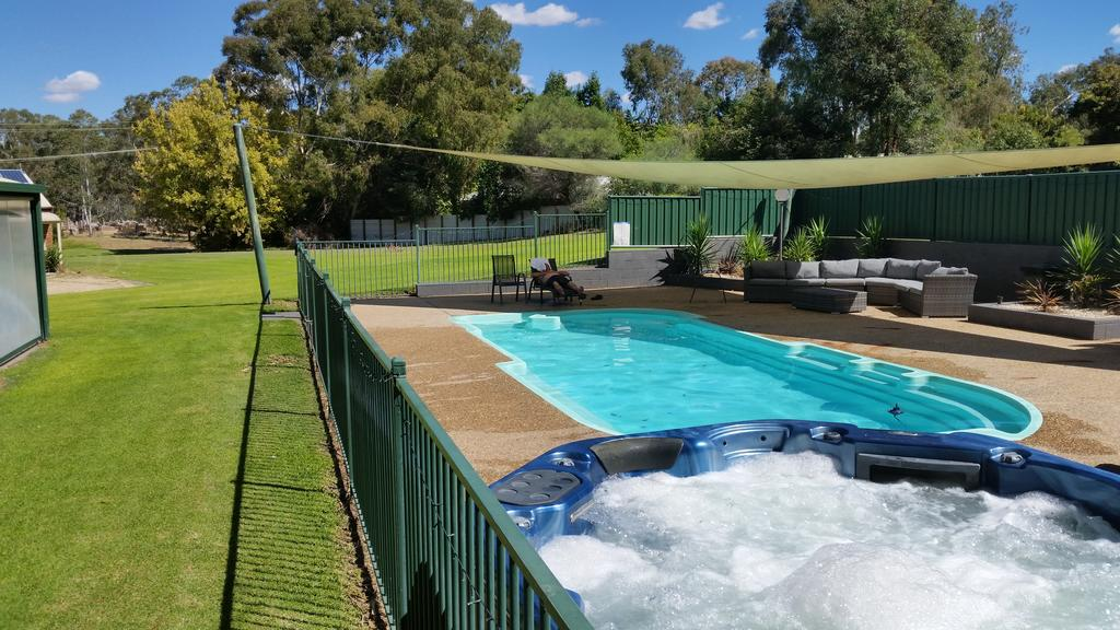 Early Settlers Motel Tocumwal - Accommodation in Brisbane