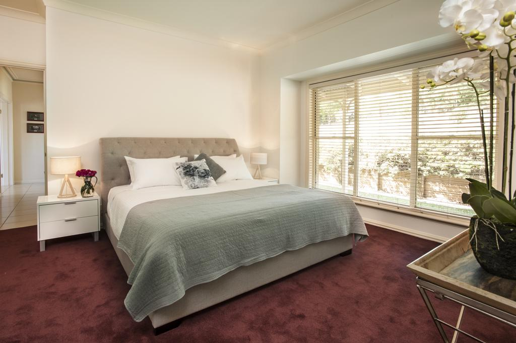 Emerald Lodge - Accommodation in Brisbane