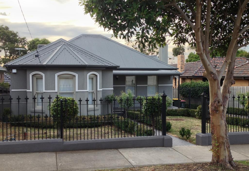 Essendon - home away from home - Accommodation in Brisbane