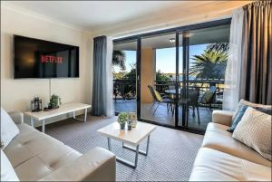 Gold Coast Apartment At Sandcastles On Broadwater - Accommodation in Brisbane
