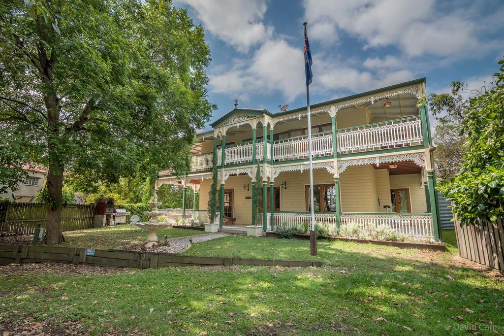 Grove Manor - Accommodation in Brisbane