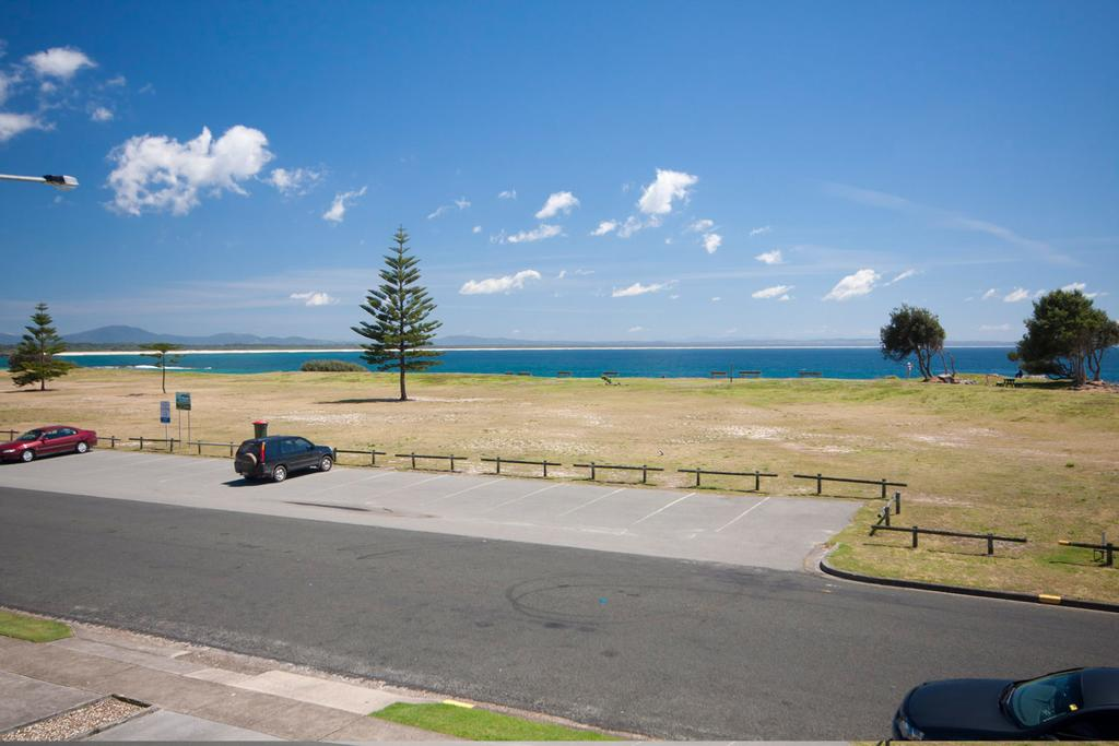 Hi Surf Unit 4, 92 Head St, Forster - Accommodation in Brisbane