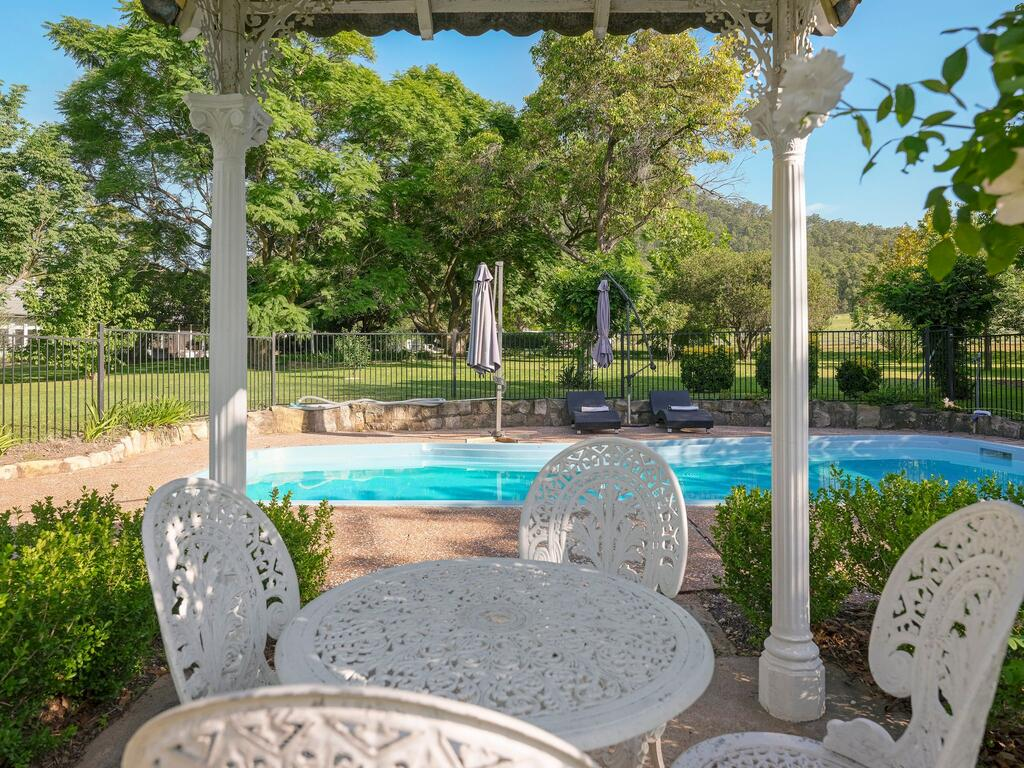 Meerea Country Estate adjoining Wollombi National Park - Accommodation in Brisbane