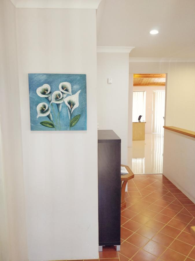 Cosy easy access home near Perth CBD and Fremantle - Accommodation in Brisbane