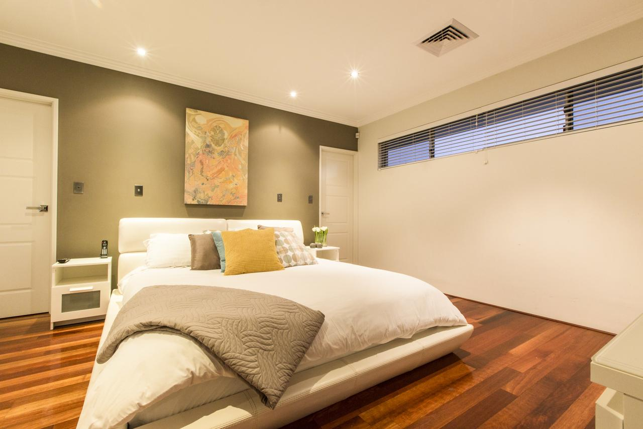 Ambar Villa Between City and Freo - Accommodation in Brisbane