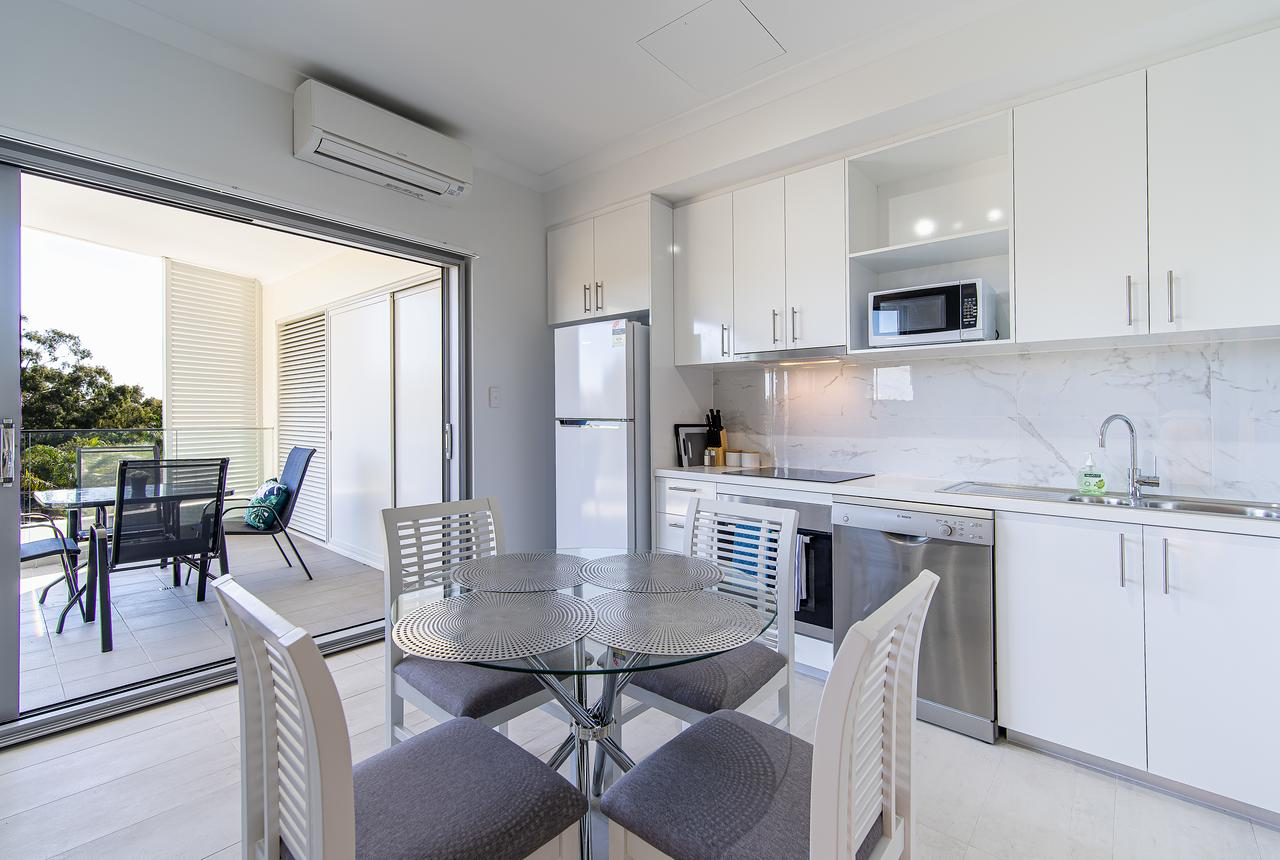New Apartment on Great Location Opposite Garden City  02 - Accommodation in Brisbane