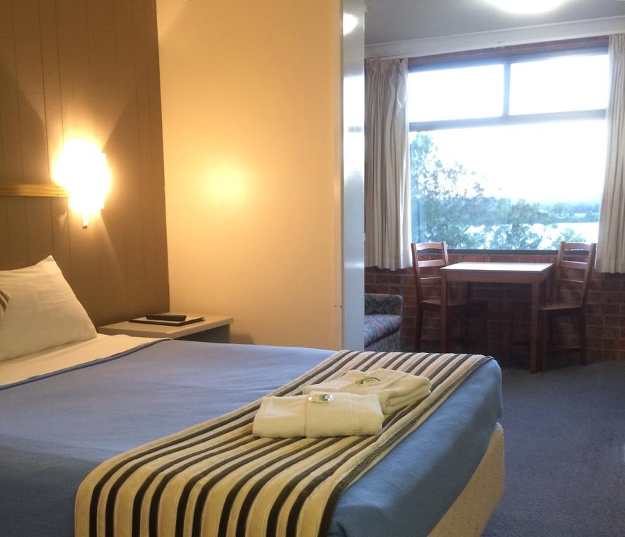 Riverview Motor Inn - Accommodation in Brisbane