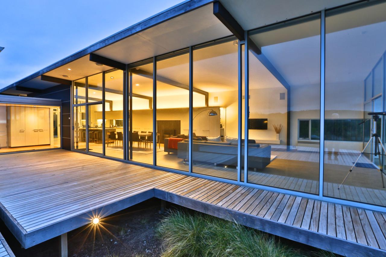 Cloudy Bay Beach House - Accommodation in Brisbane
