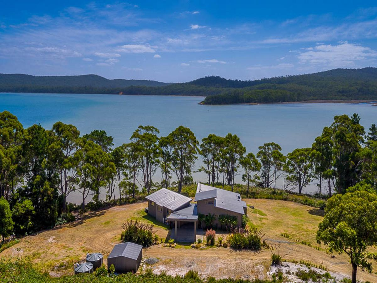 Cloudy Bay Lagoon Estate - Accommodation in Brisbane