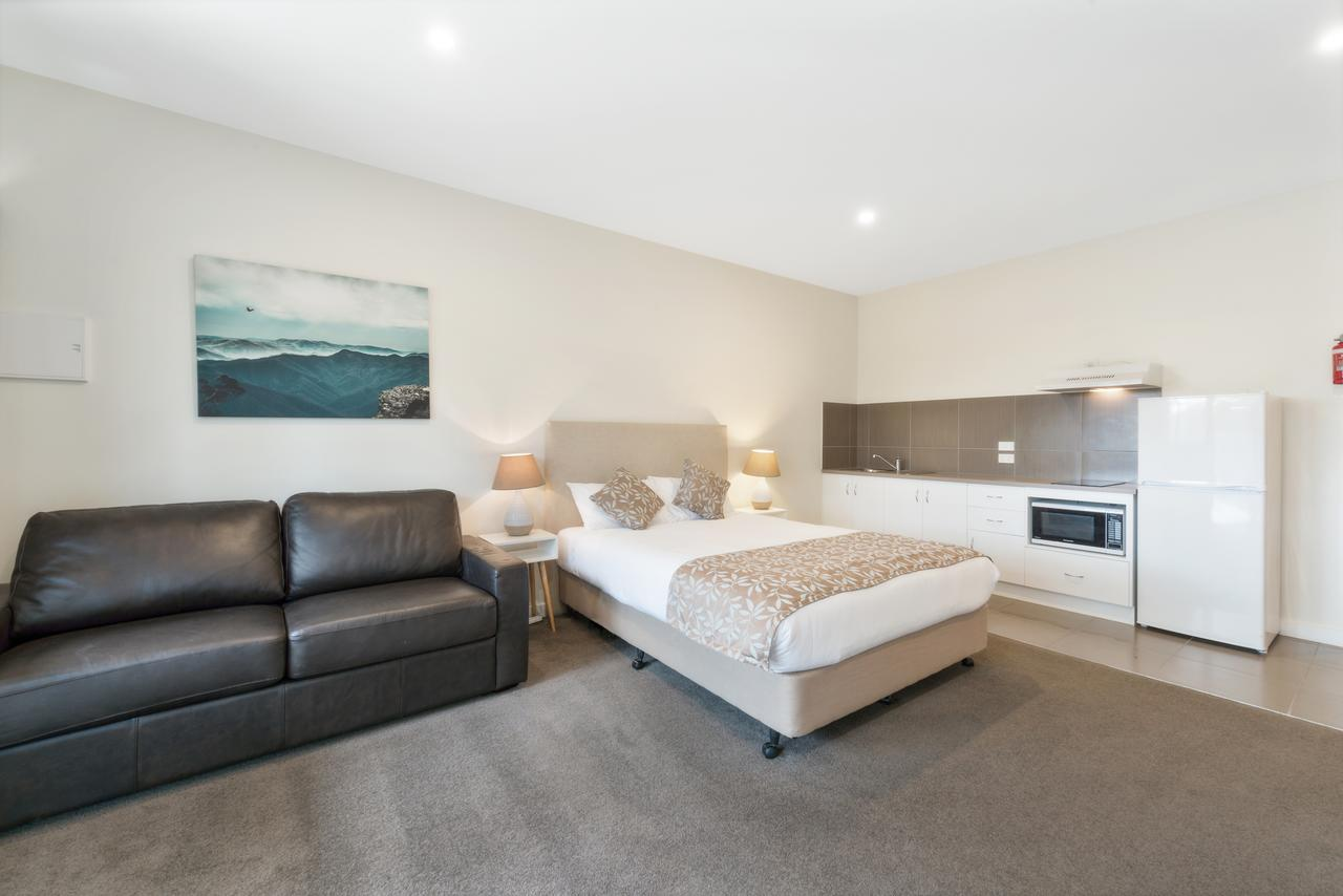 High Country Holiday Park - Accommodation in Brisbane