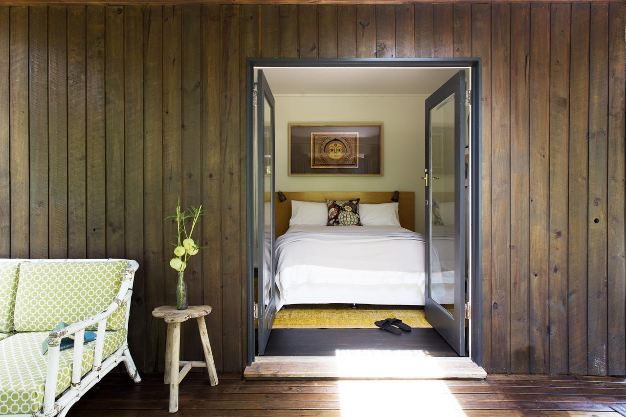 Botanica Editions - Accommodation in Brisbane