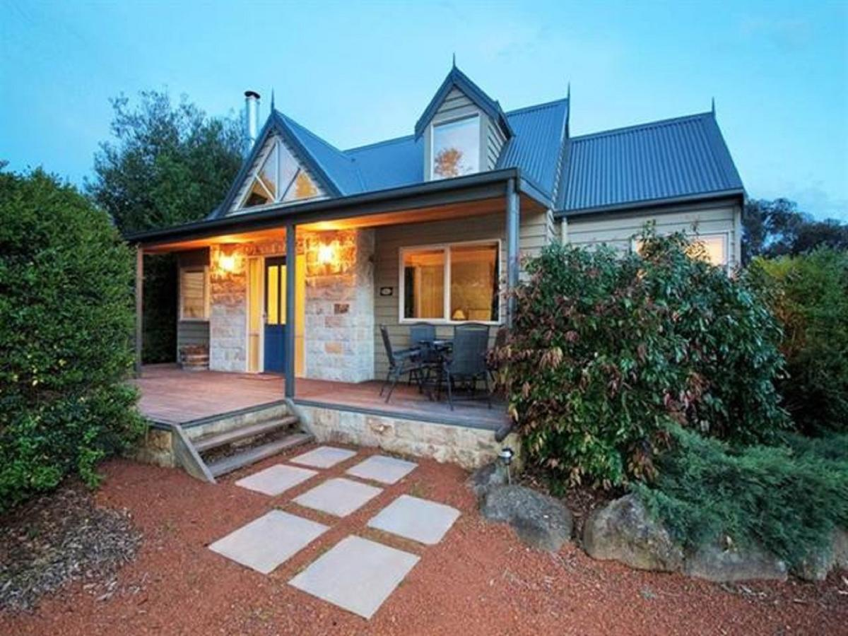 Two Truffles Cottages - Accommodation in Brisbane