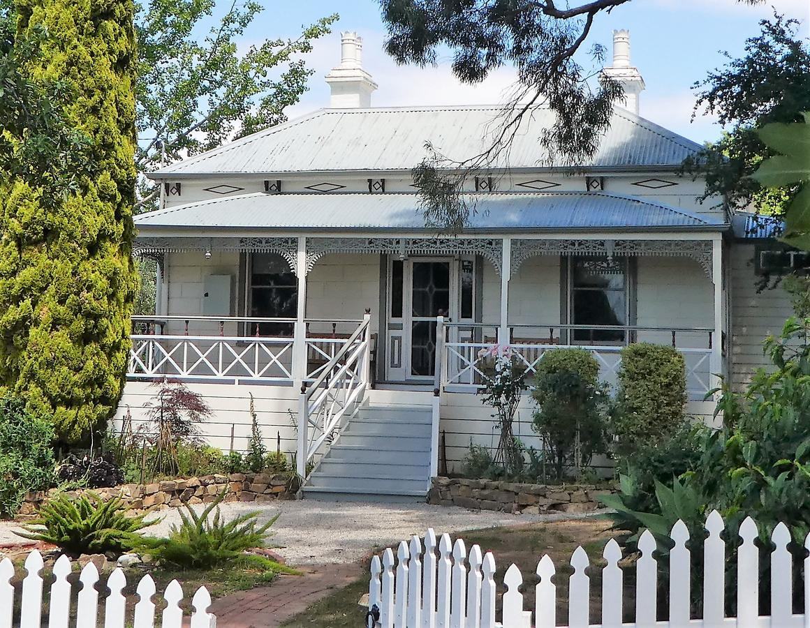 Fairbank House - Accommodation in Brisbane