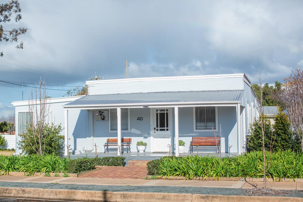 The Rested Guest 3 Bedroom Cottage West Wyalong - Accommodation in Brisbane