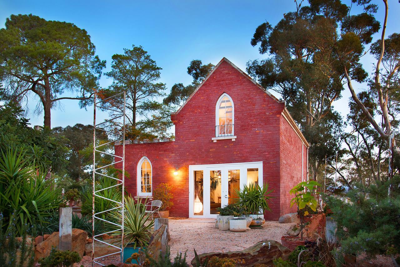 bebe castlemaine - Accommodation in Brisbane