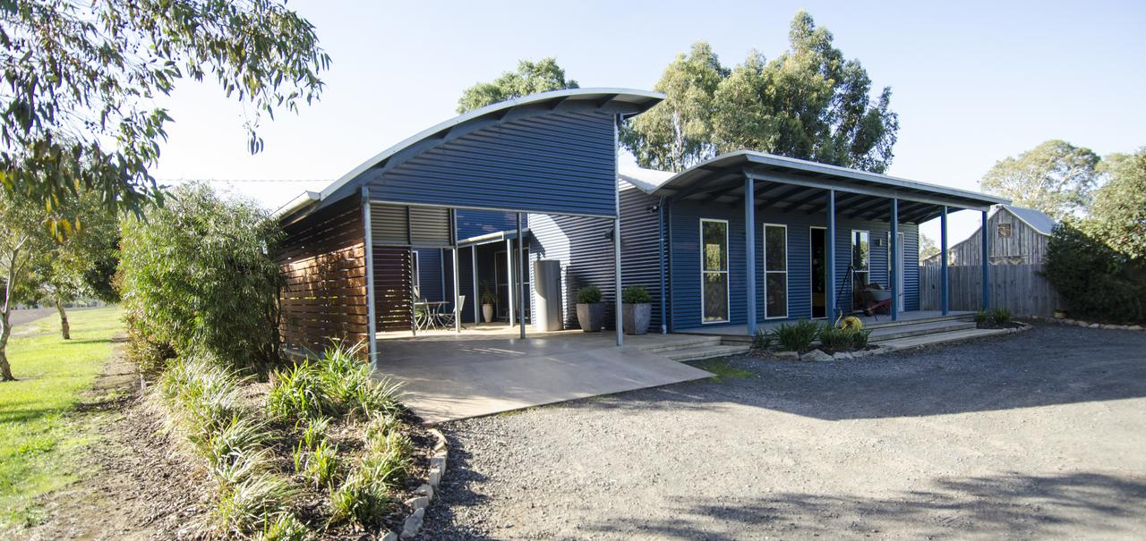 Corrugated Cottage - Accommodation in Brisbane