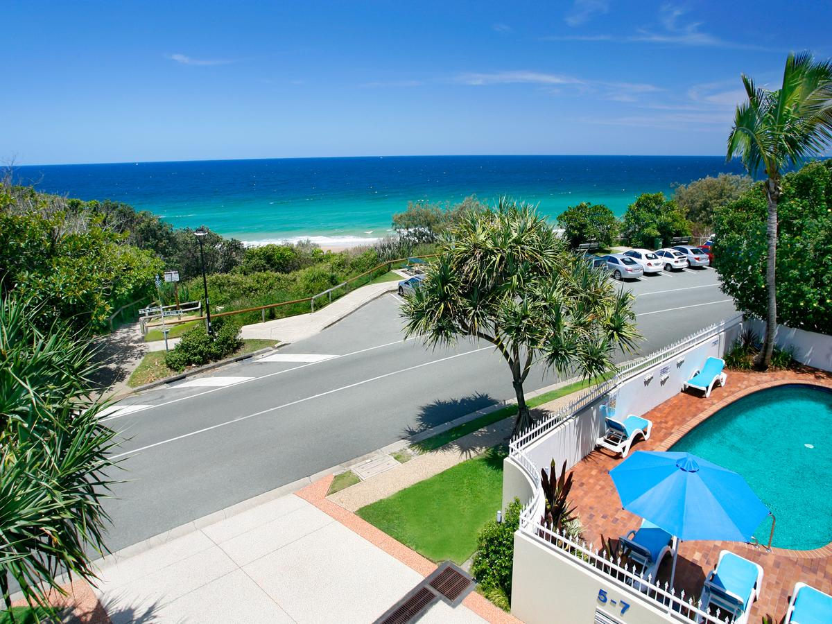 La Mer Sunshine Beachfront - Accommodation in Brisbane