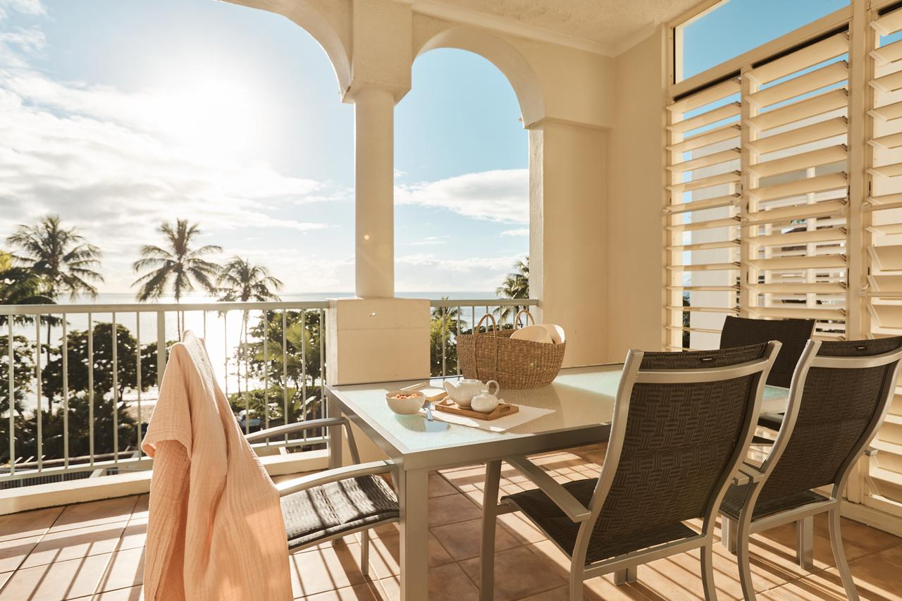 Sea Change Beachfront Apartments - Accommodation in Brisbane