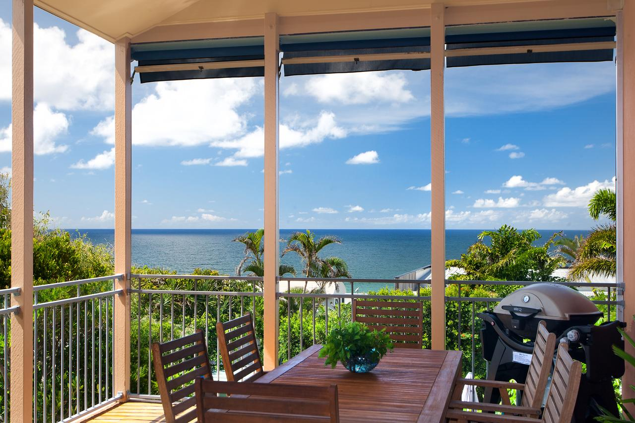 Jolly Roger's Beach House - Accommodation in Brisbane