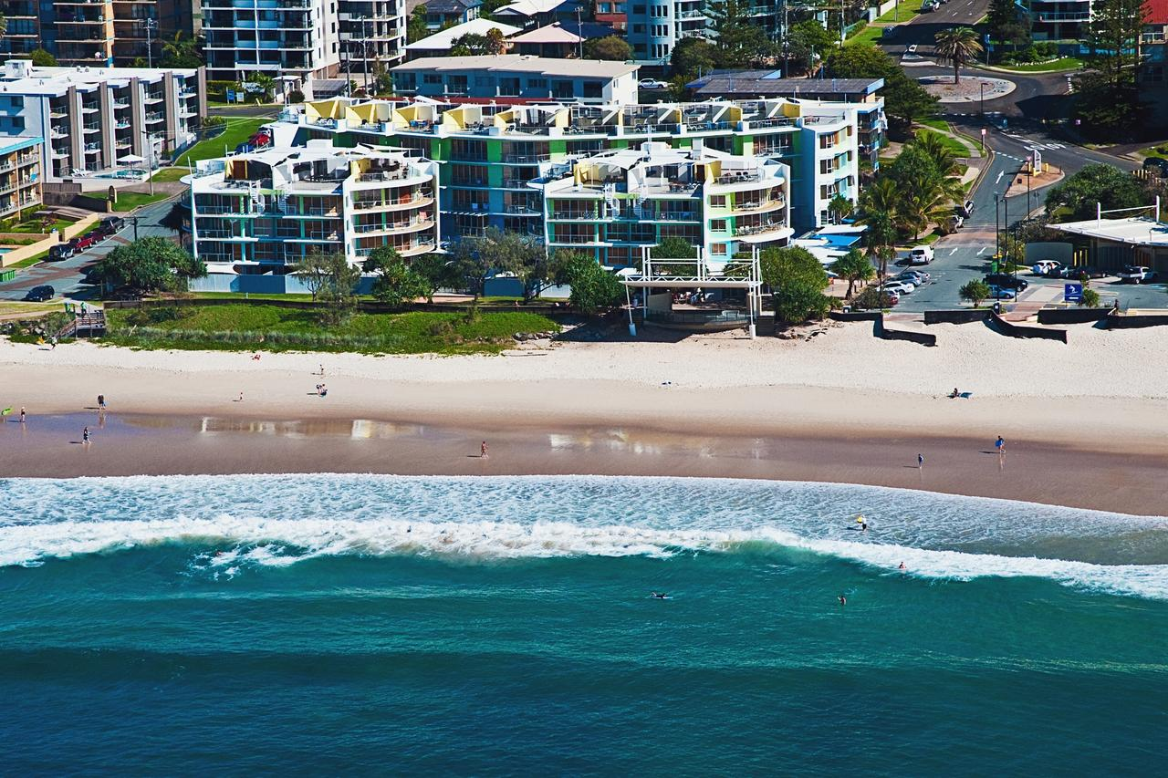 Rolling Surf Resort - Accommodation in Brisbane
