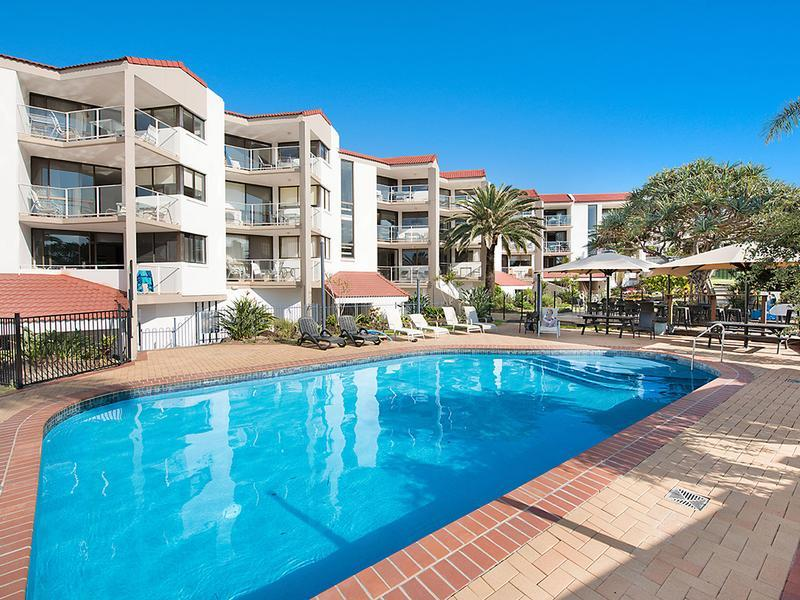 Casablanca Beachfront Apartments - Accommodation in Brisbane