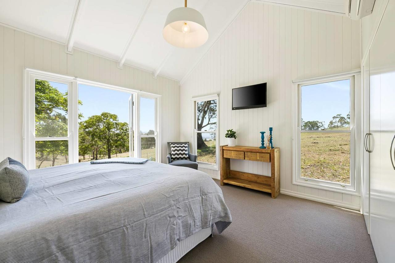 Hollow Tree Farm - Accommodation in Brisbane