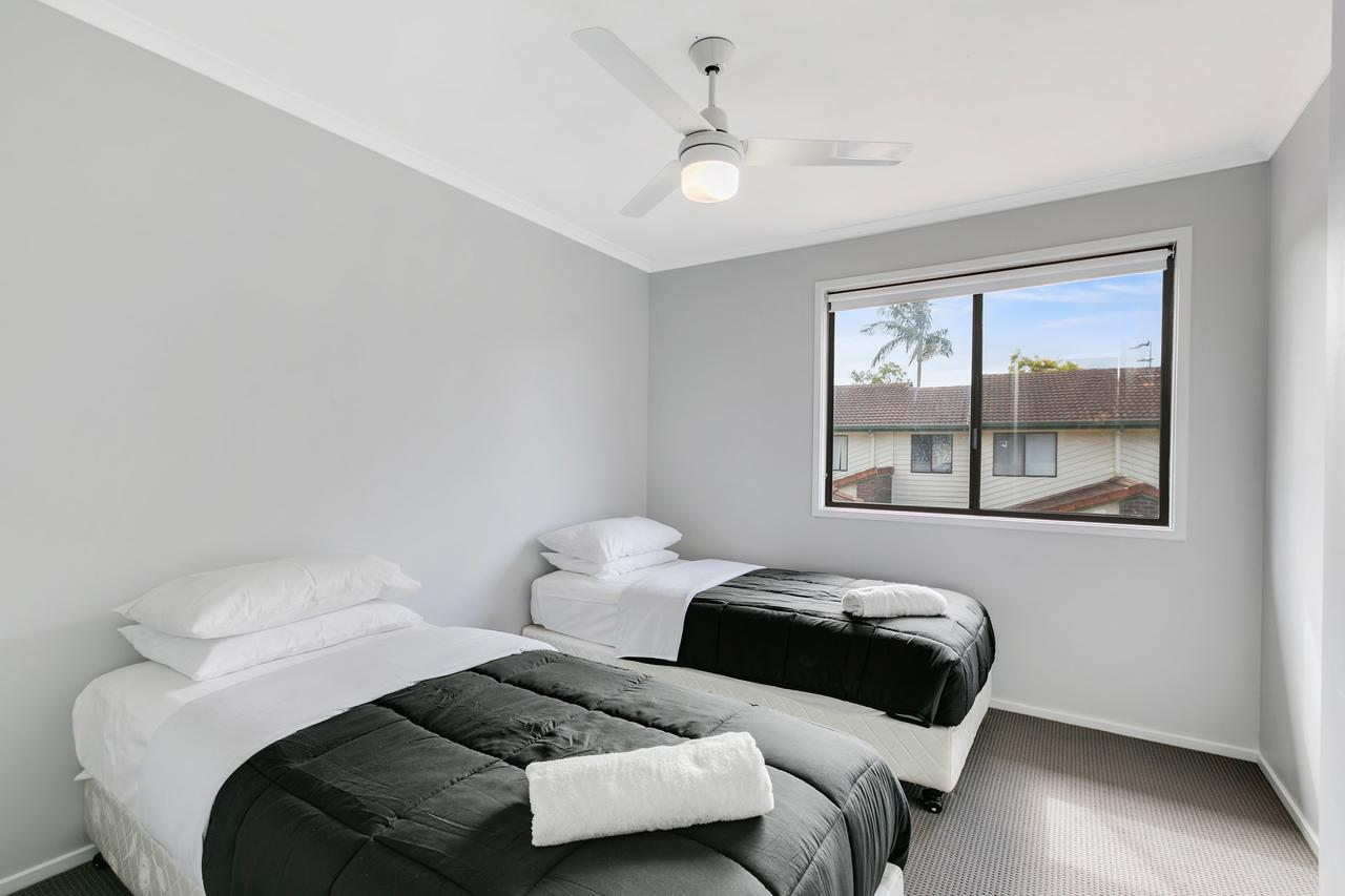 Fountain View Estate - We Accommodate - Accommodation in Brisbane