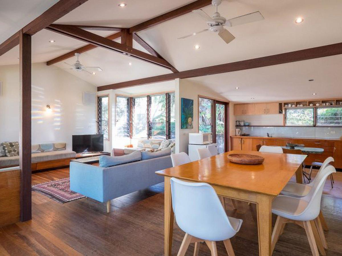 Laguna House - Accommodation in Brisbane