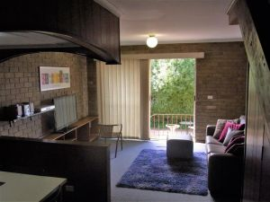 A Furnished Townhouse in Goulburn - Accommodation in Brisbane
