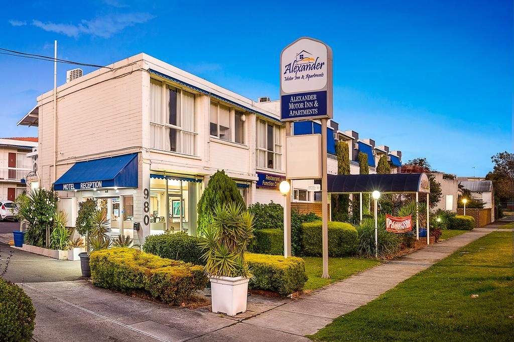Alexander Motor Inn and Apartments - Accommodation in Brisbane